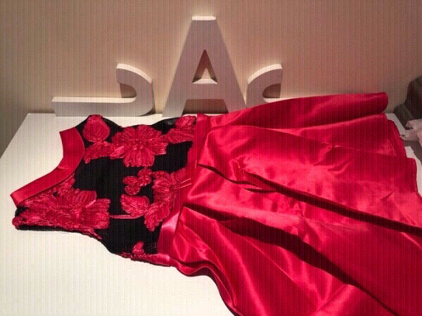 Used Girls floral lace dress age 4-5 in Dubai, UAE