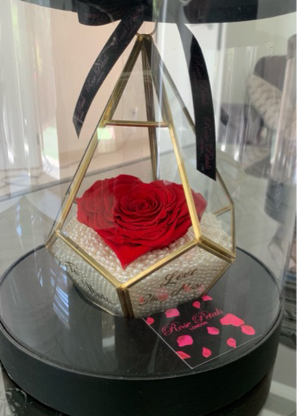 Used Forever heart rose, personalised in Dubai, UAE