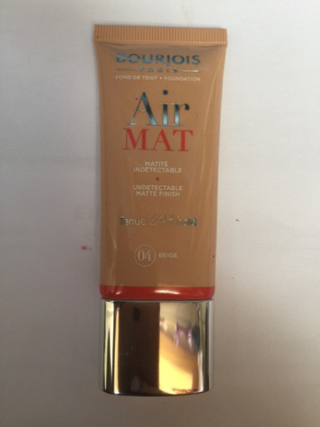 Used Maybelline Airmat Foundation 04 beige in Dubai, UAE