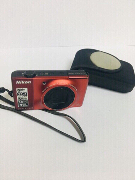 Used NIKON Coolpix S8000 Camera with pouch in Dubai, UAE
