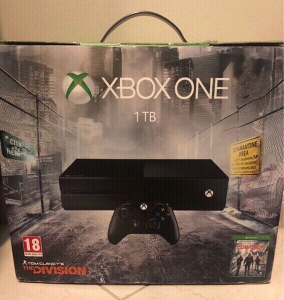 Used Xbox One 1TB With 3 Games in Dubai, UAE