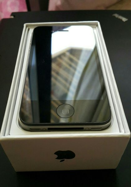 Used Iphone 4S NEW with Shock Proof Case & All Accessories (Opened Box) in Dubai, UAE