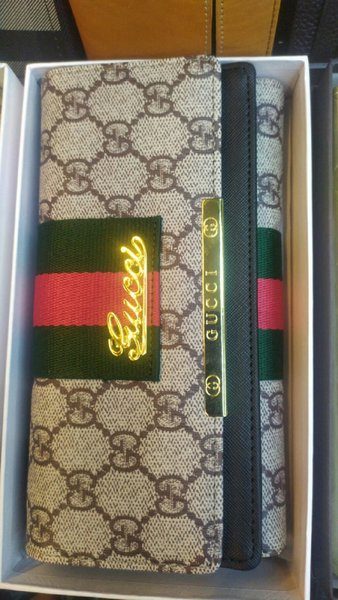Used Gucci Ladies pouch NEW in Dubai, UAE