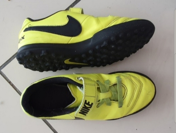 Used 3 pairs Nike kids shoes size 35 in Dubai, UAE