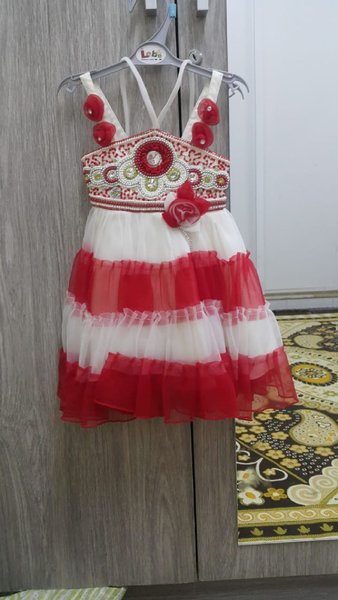 Used Party dress price reduced in Dubai, UAE