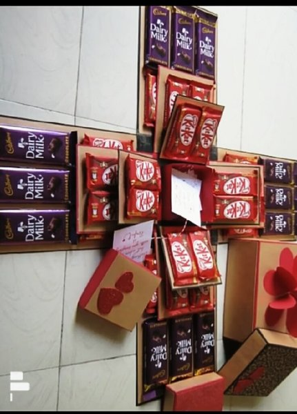 Used Huge chocolate explosion box in Dubai, UAE