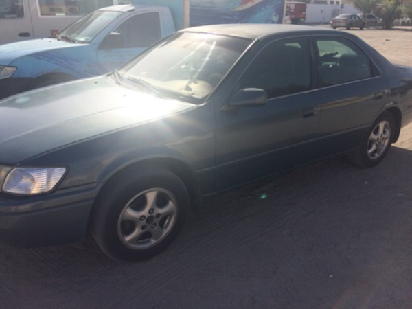 Used Camry 2000 Model Going Cheap in Dubai, UAE