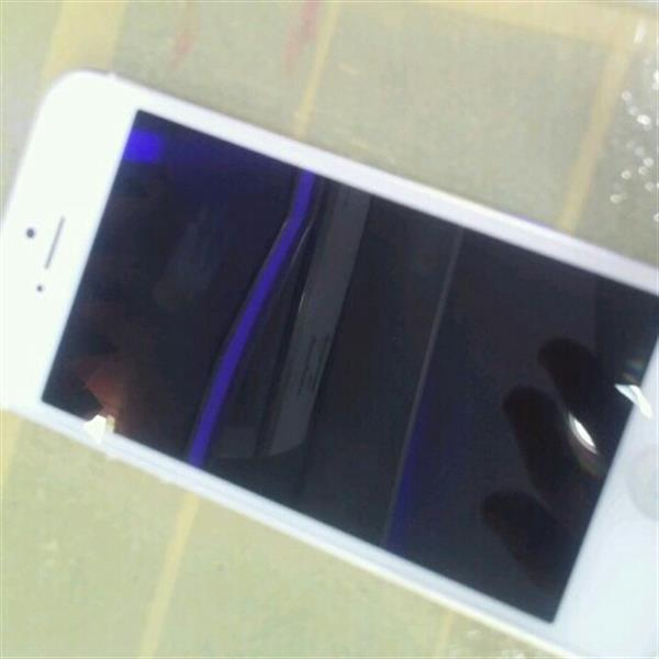 Used Iphone Five With All Accessories used 16 Gb in Dubai, UAE