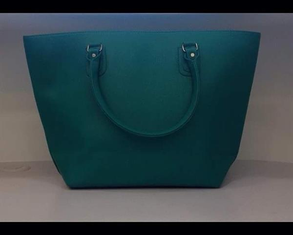 Used Big Hand Bag in Dubai, UAE