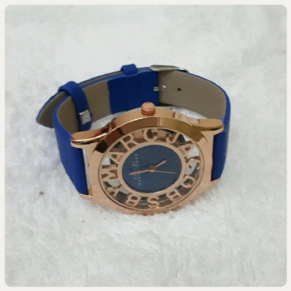 Used Watch blue/ rose gold Marc Jacobs in Dubai, UAE