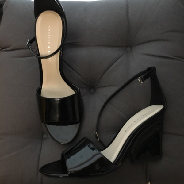 Used Charles and keith wedge sandals in Dubai, UAE