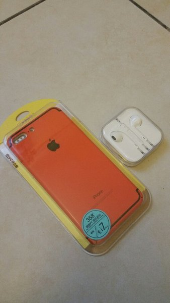 Used Cover for Iphone 7plus, original earpods in Dubai, UAE