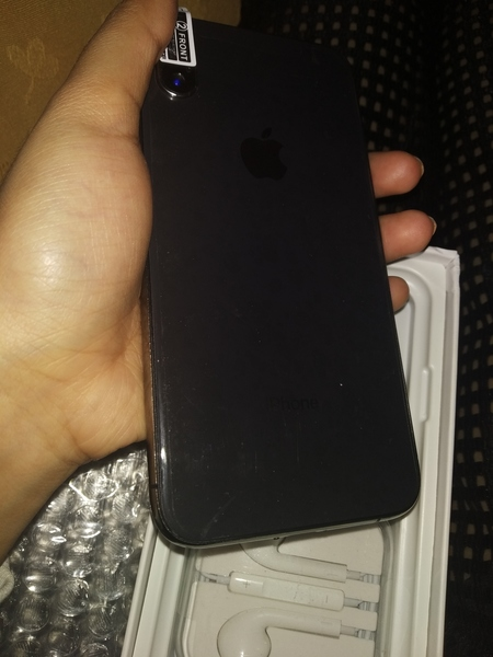 Used I phone xS max in Dubai, UAE