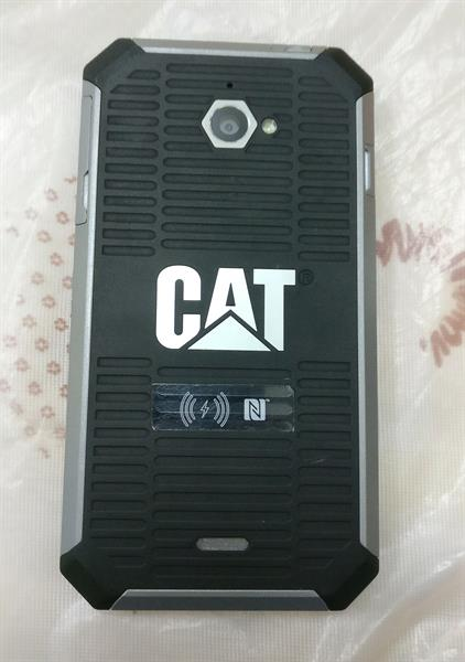 CAT S50 WITH ACCESSORIES