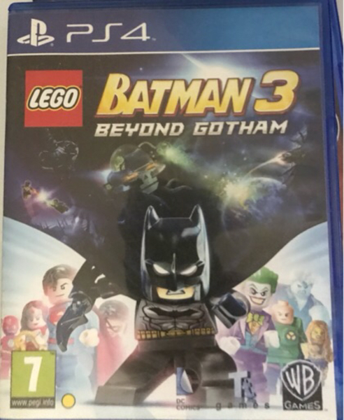 Used Lego batman 3 ps4 in Dubai, UAE