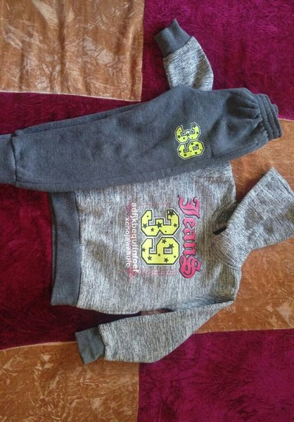 Used Winter clothes great condition 4-7 years in Dubai, UAE