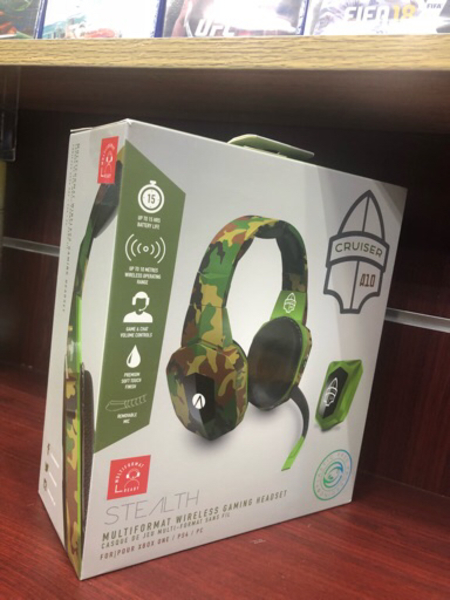 Used Wirelss camo headset in Dubai, UAE