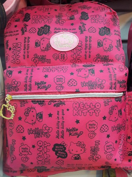 Used Hello kitty backpack in Dubai, UAE