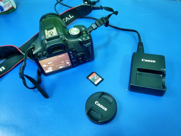 Used Canon DSLR 500D With Lense 18.55mm in Dubai, UAE
