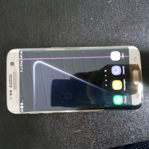 Used S7 Edge There Is Line On Display  in Dubai, UAE
