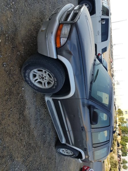 Used Dodge durango 2002 , 212000km, 7 seats in Dubai, UAE