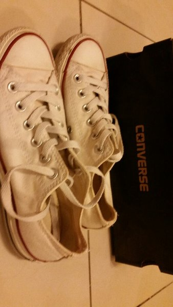 Used Converse white - size 37 in Dubai, UAE