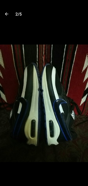 Used Nike shoes size 42 in Dubai, UAE