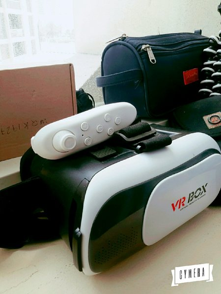 Used Vr 3D glass with remote Sp 4 offer today in Dubai, UAE