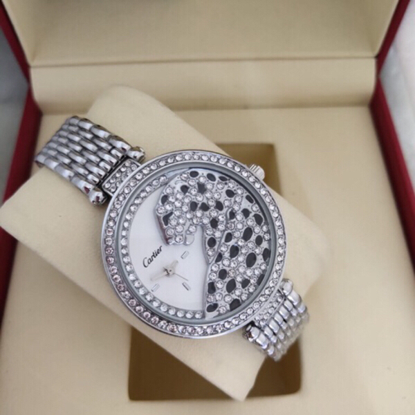 Used Cartier watch for ladies in Dubai, UAE