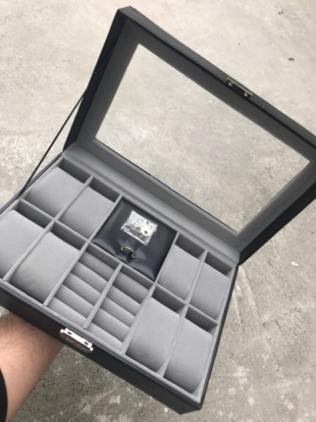 Used 8 Watches Box and space for Rings in Dubai, UAE