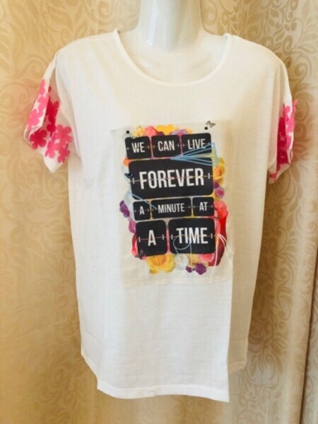 Used Woman T-Shirt size 36 in Dubai, UAE
