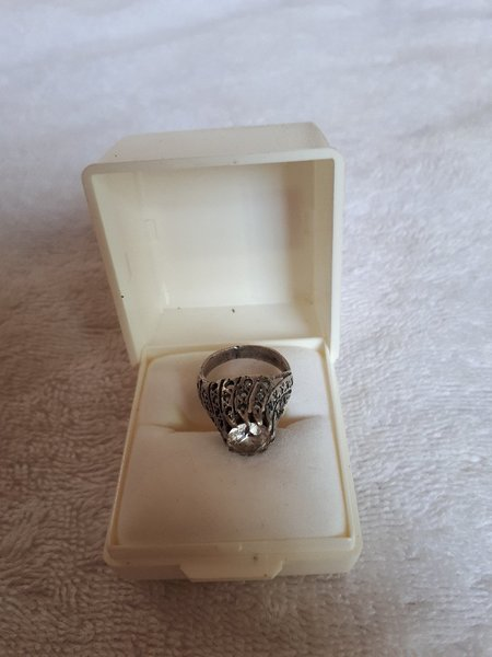 Used Aunthentic Old diamond ring antique in Dubai, UAE