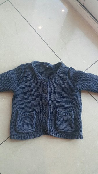 Used Baby gap sweater in Dubai, UAE