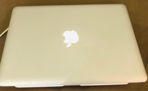 Used MacBook Pro 13.3 inches in Dubai, UAE