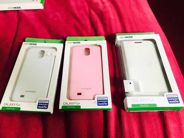Used Special OfferSamsung S4 Body Cover. 3pcs Beautiful Color in Dubai, UAE