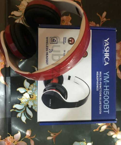 Used Yashika headphones in Dubai, UAE