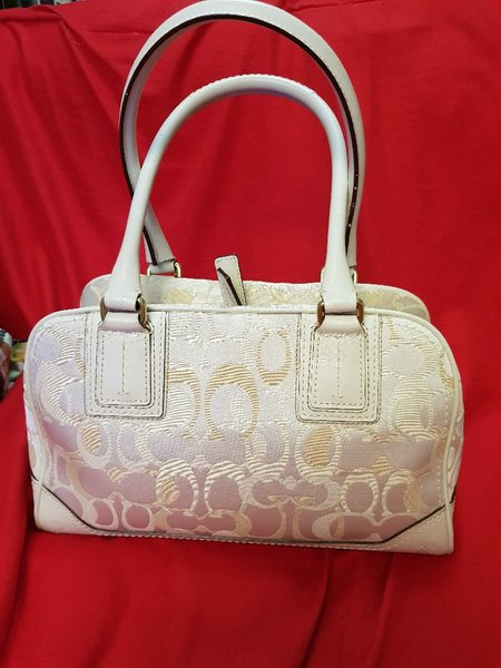 Used Coach Handbag Original in Dubai, UAE