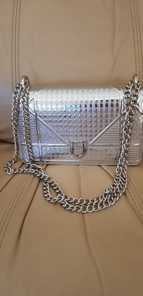 Used Dior silver Bag (NOT ORIGINAL) in Dubai, UAE