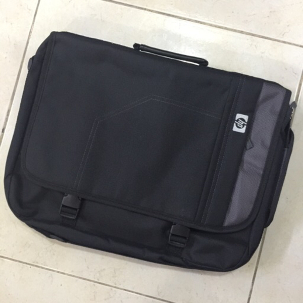 Used HP LAPTOP BAG NEW in Dubai, UAE