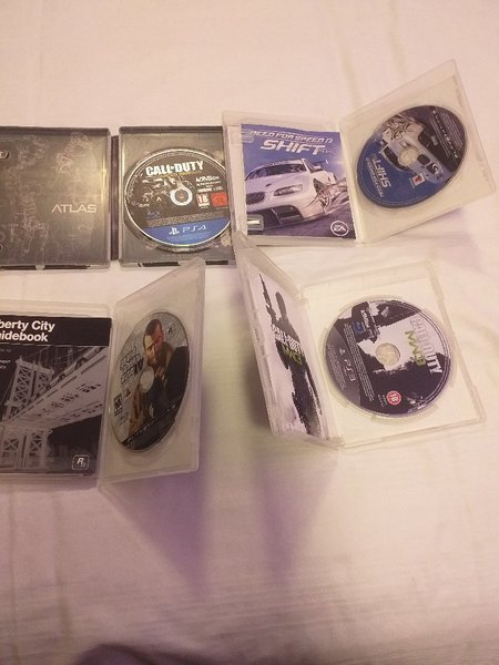 Used Ps3 and ps4 CDs, in Dubai, UAE