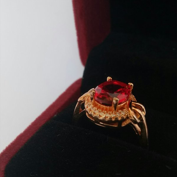 Used New ruby ring (size 9) in Dubai, UAE