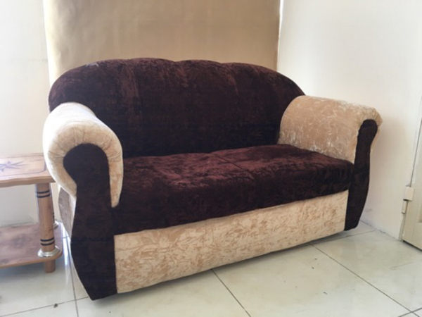 Used 1 Set of Sofa in Dubai, UAE