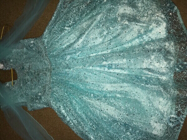 Used Blue dress for ages 5-6 yrs old in Dubai, UAE
