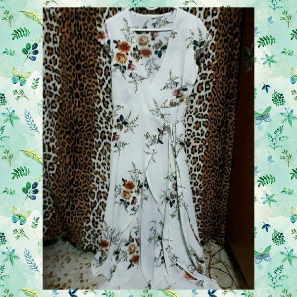 Used Maxi Dress and Mini Dress bundle offer in Dubai, UAE