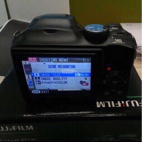 Used fujifilm s4600 camera 16 mp in Dubai, UAE
