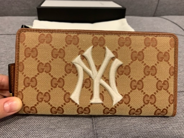 Used Gucci New York Yankees gg canvas wallet in Dubai, UAE