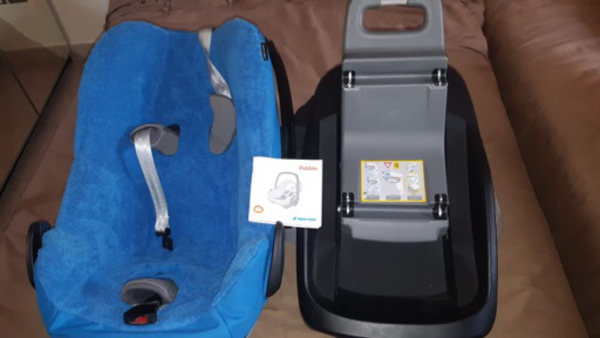 Used Car seat and base for new born in Dubai, UAE