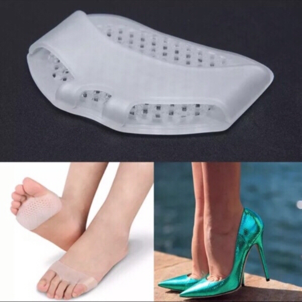 Used Silicon forefoot insole 2 pairs (4 pcs) in Dubai, UAE