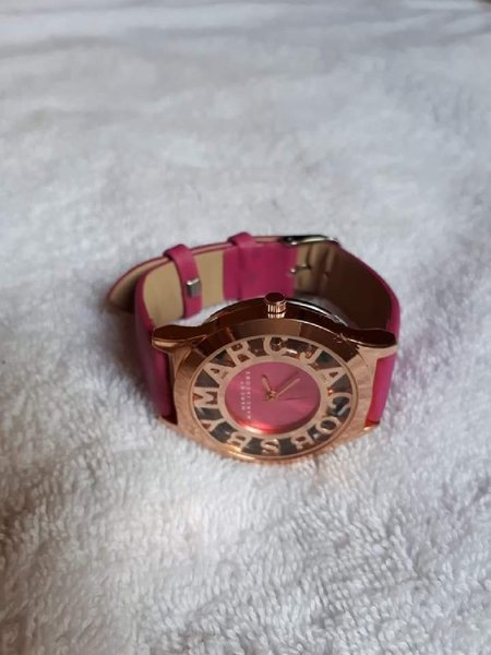 Used Pink by Marc Jacobs watch in Dubai, UAE