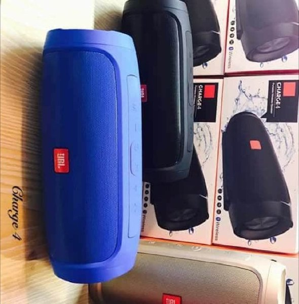 Used NOW BUY CHARGE 4 HIGH SOUND SPEAKER in Dubai, UAE